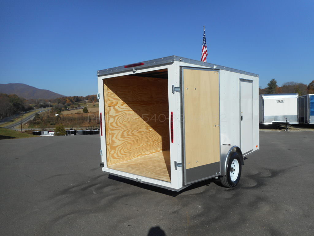 Enclosed Small Nose Double Door Trailer Trailers Pro Line