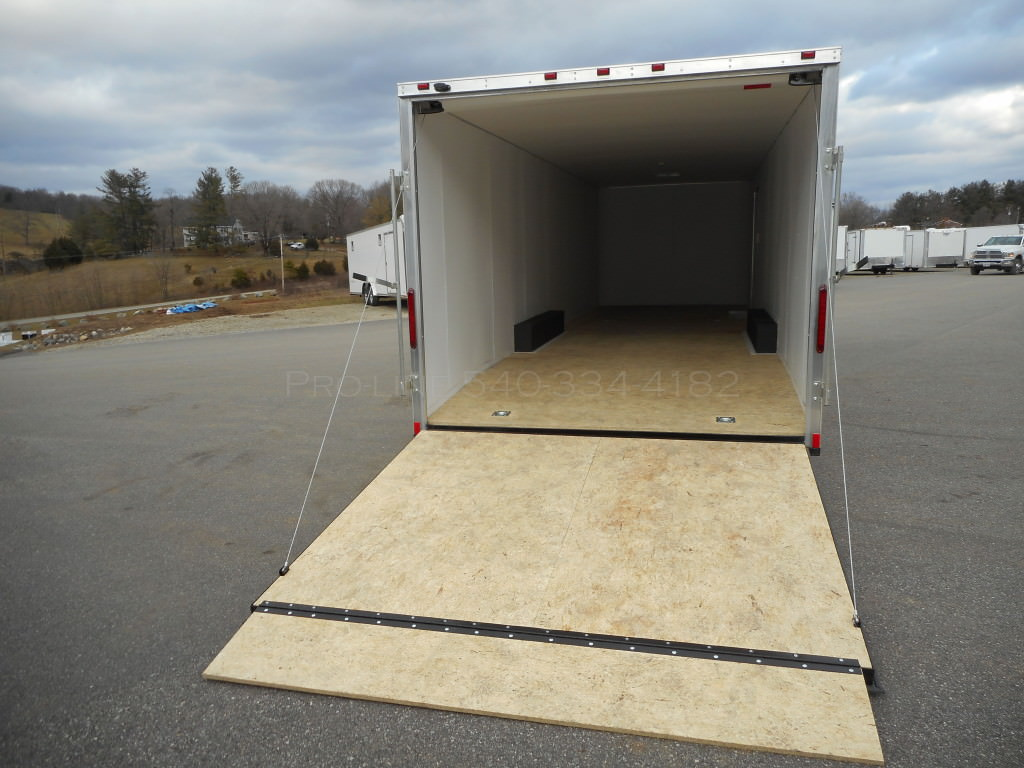8 5x30 Enclosed Trailer Buy Enclosed Trailers Pro Line